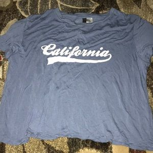 Size M California shirt super soft
